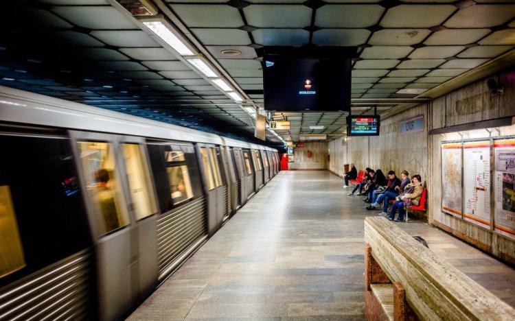 Intamplare la metrou Bucuresti - Vreau sa fiu bagat in seama